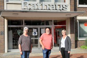 (v.l.n.r.) Ratsleute Gunda Schröder, Hartmut Wrede und Ulla Fugel